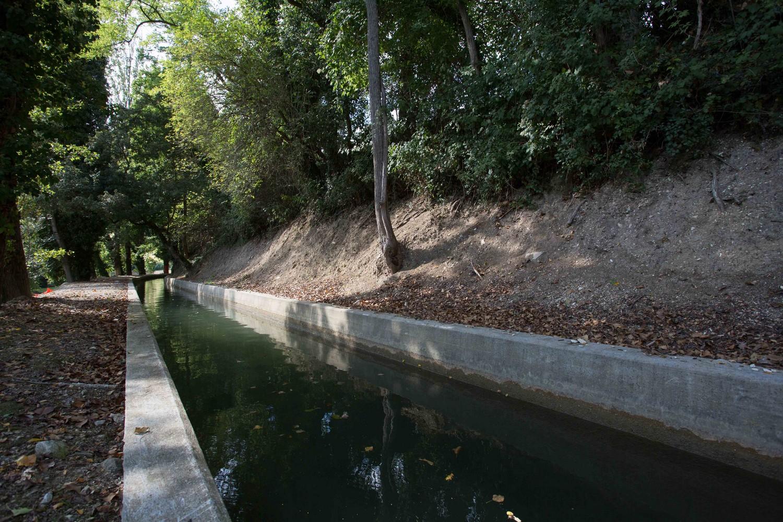 parte del sentiero che costeggia la deviazione del fiume Musone