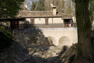 foto storica: la 'paratia' senza acqua